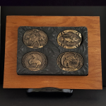 15A.. FREDERICK REMINGTON COLLECTION 1982 BY FREDERIC REMINGTON PRE-OWNED,EXCELLENT CONDITION GUARANTEED HIGH RELIEF BRONZE AWARD DESIGN MEDALS 2.75X3.75 in 0.1082675X 0.0295275 IN. FRO