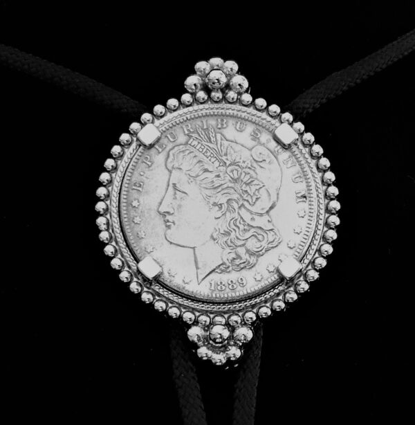 BOLO 1889 MORGAN .90% Silver Dollar Silver Tone Bolo 2.22oz. 63mm at widest 26.15..72. V5 png