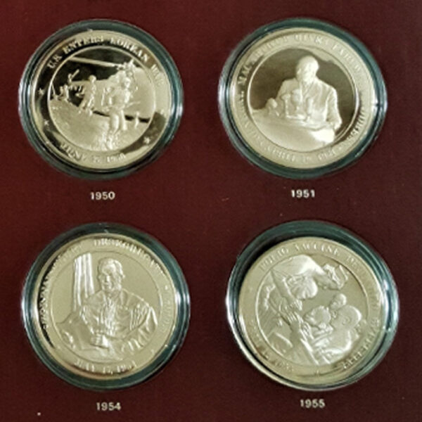 UNITED STATES HISTORY 1936 to 1955 The Franklin Mint 20 Bronze Coins 1.70in. 44.00mm x 2.50mm on Board 11 x13in. Four Coin OB 23.139 vv