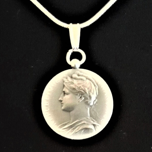 French Republique Francaise Silver Medal 1912 Signed Borrel A Jouclas Sterling Silver Snake Chain .80 oz1.0625 in x 27.00 x 1.07 mm 14+20.59 V2